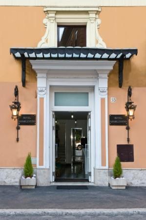 Hotel San Valentino : entrada