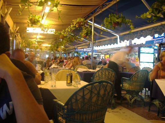 IFA Dunamar Hotel: nearby restuarant
