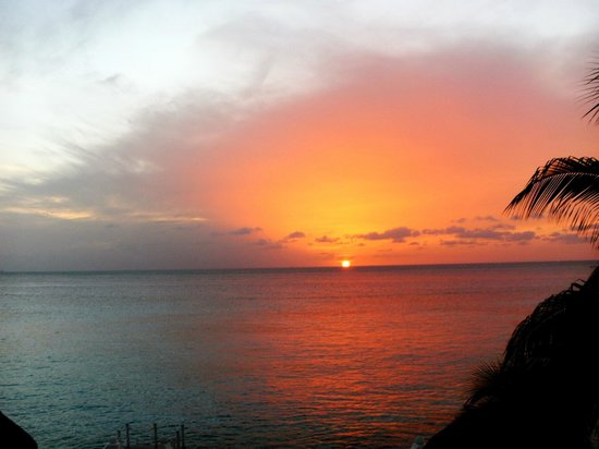 Cantamar Condominiums: Beautiful sunsets