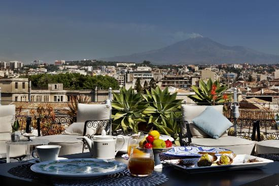 Palace Catania | UNA Esperienze: Panoramic Restaurant with Etna view