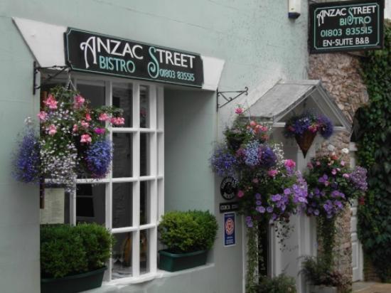 Anzac Street Bistro