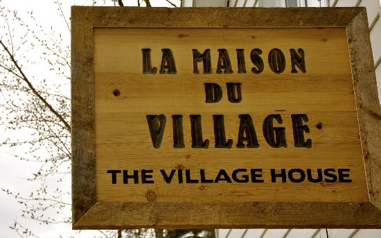The Village House: 759 Riverside Drive, Wakefield, QC
