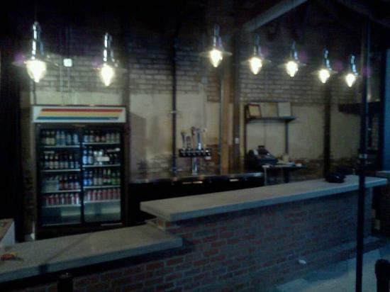 Mi's Westside Comedy Theater: The beautiful bar with fancy beers and wine