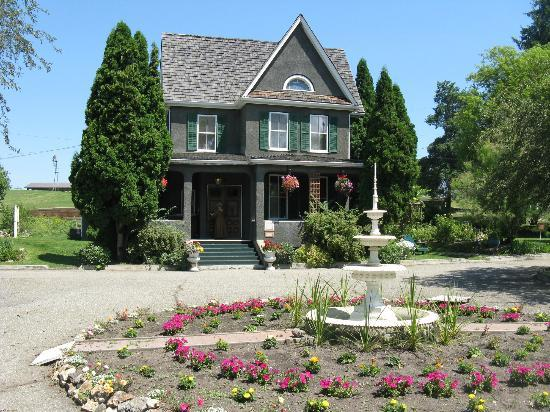 เวอร์นอน, แคนาดา: O'Keefe Mansion