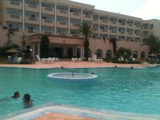 Hotel Itropika Beach : !!!!!!!