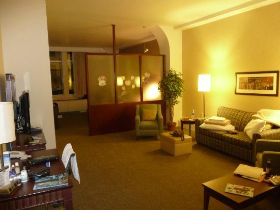 Le Square Phillips Hotel & Suites: room 310