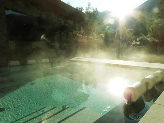 Hotel Quelle Nature Spa Resort: Whirlpool all'aperto