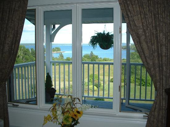 Gray Gables Bed and Breakfast: View from The Mermaid Room- Spectacular!