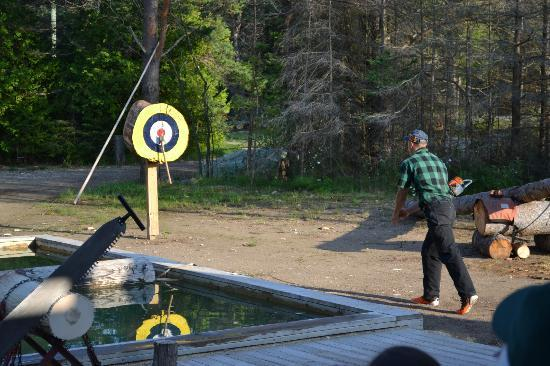 Jack Pine Lumberjack Show: Axe Throwing