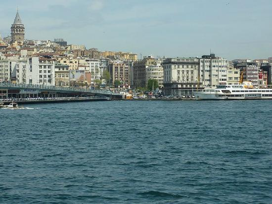 Hettie Hotel: View across the Galata Bridge to Hotel Hettie (on left of photo).
