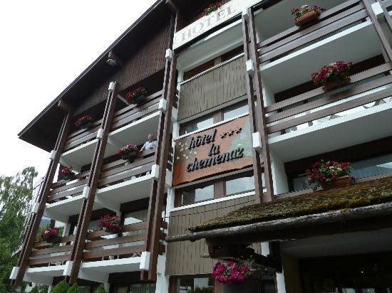 La Chemenaz Hotel : Front of hotel