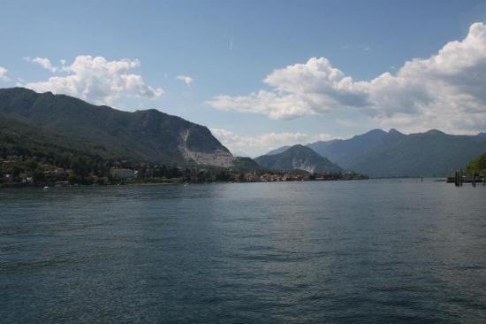 Lago maggiore picture of hotel belvedere stresa for Designhotel lago maggiore
