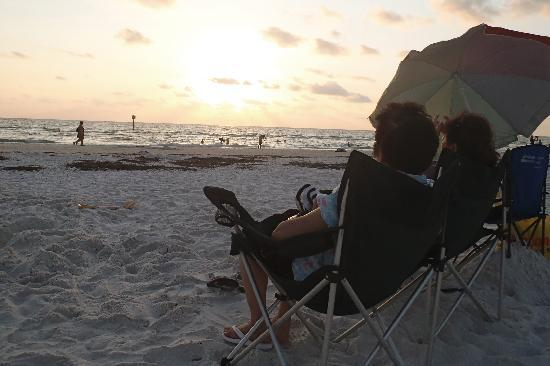 Clearwater Beach: Just emjoying the sunset