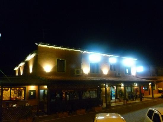 Hotel Le Badie : Fronte notte