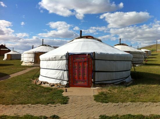 Hustai National Park, Mongolei: our little slice of comfort.....Ger Magic!