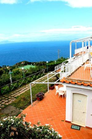 Residence gocce di capri 75 8 7 updated 2018 prices hotel reviews massa lubrense - Dive residence massa lubrense ...