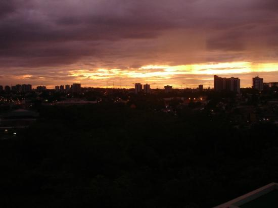 Caesar Business Manaus: Por do sol
