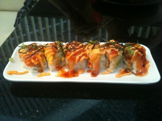Sumo Sumo Sushi Bar & Grill: joes special