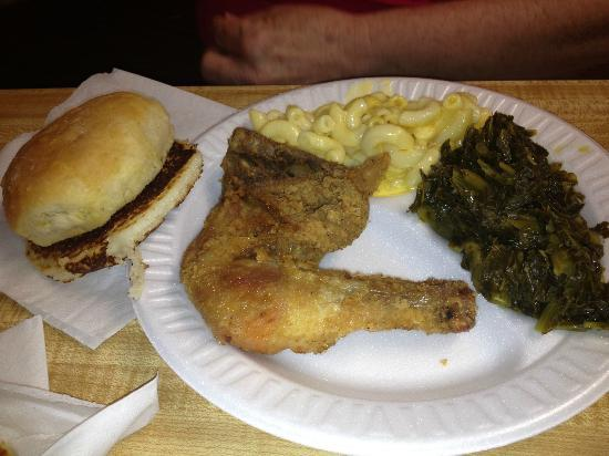 Pete's Grill: Fried Chicken, M&C, and Turnip Greens