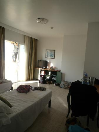 Marins Playa Suites: Room