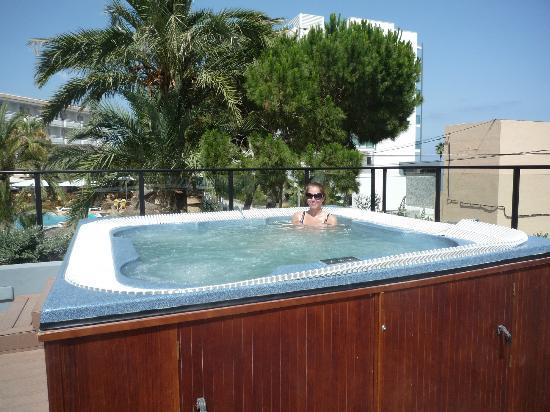 Hotel Marins Playa: Hot Tub on Sun Terrace