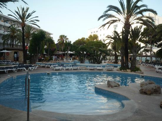 Marins Playa Suites: Pool