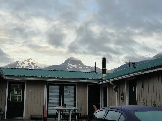 Sgt. Preston's Lodge: View in the morning