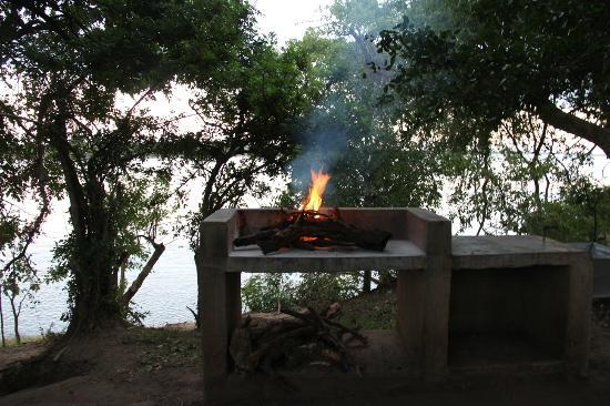Mvuu Lodge: The braai