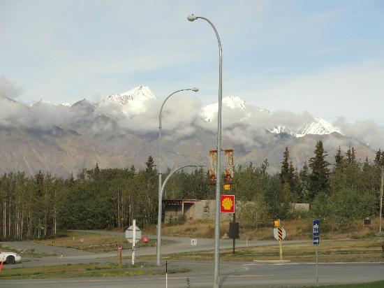 Alcan Motor Inn: Kluane National Park