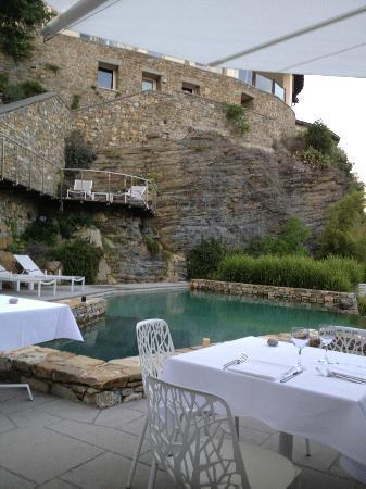 Eden Rock Resort: The pool area