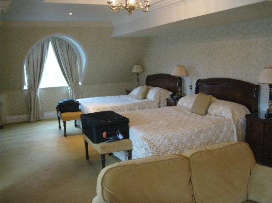 The Killarney Park Hotel: Bedroom area of the Suite