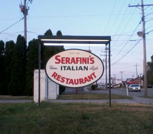 serafini's: The restaurant sits way back from the road. You really haf ta look for this lil' sign...