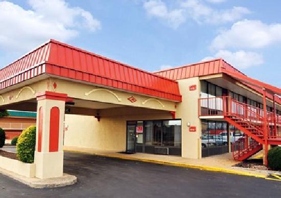 Dyersburg (TN) United States  city images : Econo Lodge Dyersburg TN UPDATED 2016 Motel Reviews TripAdvisor