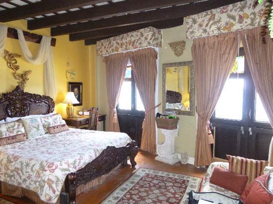 The Gallery Inn: Dr. Joe room, a Vista suite