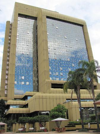 Rainbow Towers Hotel : Hotel