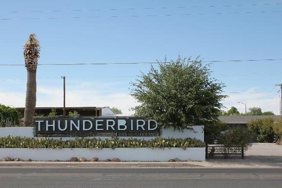 Thunderbird Hotel: View from outside the hotel.