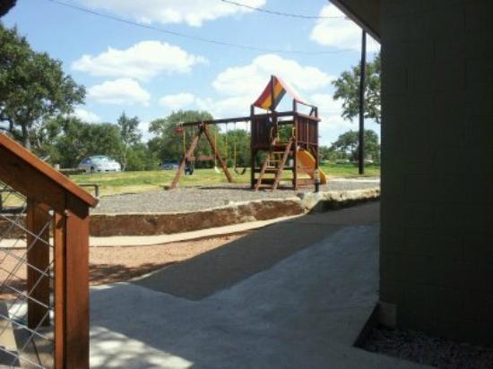Painted Sky Inn: Playground