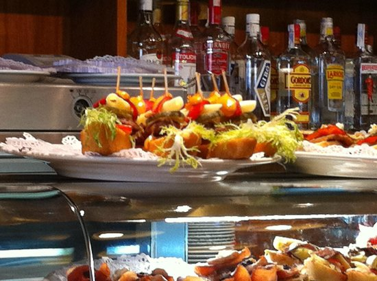 Cafe 2012 RX Lounge: Pintxos ñam ñam !!!!!!!