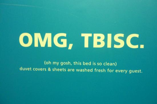 Hampton Inn & Suites Tacoma-Mall: LOL-my duvet cover was not fresh and had to be replaced!