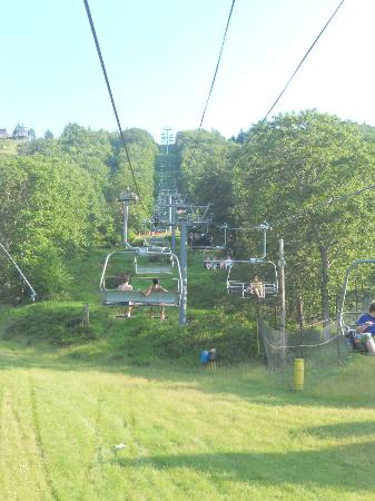 Camelbeach Mountain Waterpark: ropeway