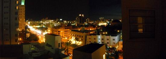 Marseilles Hotel: View of the city from our balcony