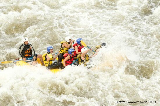 Banos, Ekvador: Rafting rio Patate