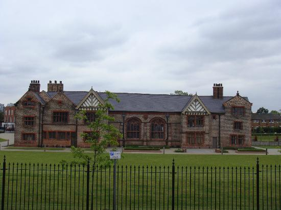 Manchester Sightseeing Bus Tours: Ordsall Hall