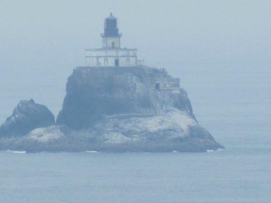 Tillamook Rock Lighthouse: Tillamook Lighthouse