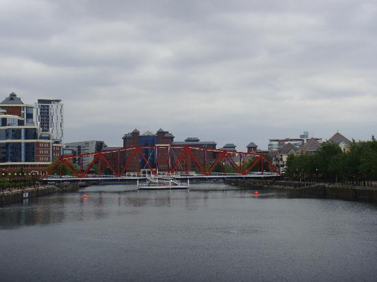 Manchester Sightseeing Bus Tours: The Quays