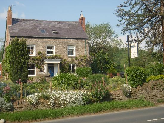 Bowens Bed and Breakfast: Front view of The Bowens