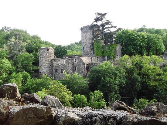 L'Auberge de Thorrenc : Le château
