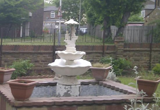 Fountain House Hotel: Main fountains