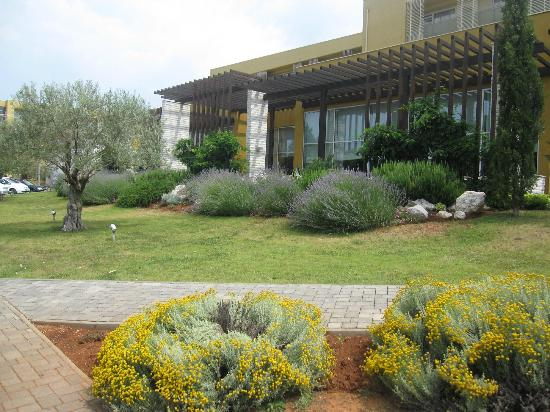 Sol Garden Istra: In front of hotel
