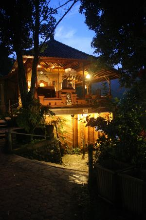 Puri Lumbung Cottages: Reception